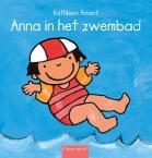 Anna in het zwembad